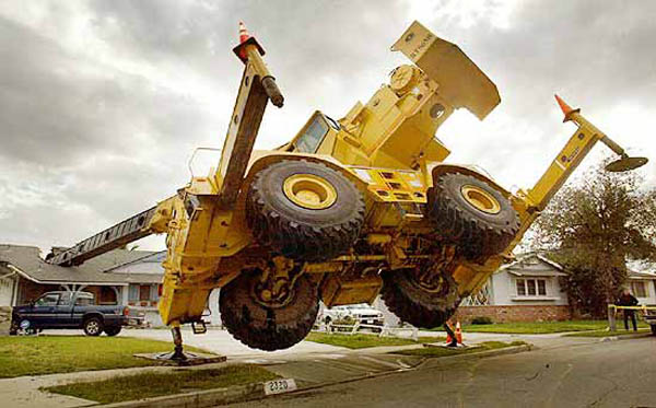 Heavy Equipment Accidents http://www.eligr.com/2010/02/amazing-accident-pictures-when-it-might-be-okay-to-swear/