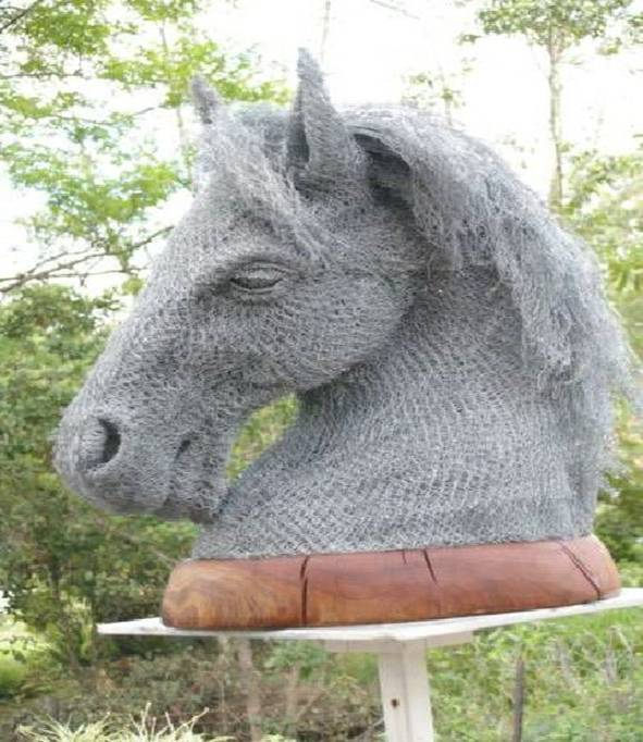 chicken wire horse